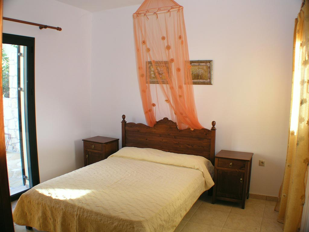 Villa Manos bedroom