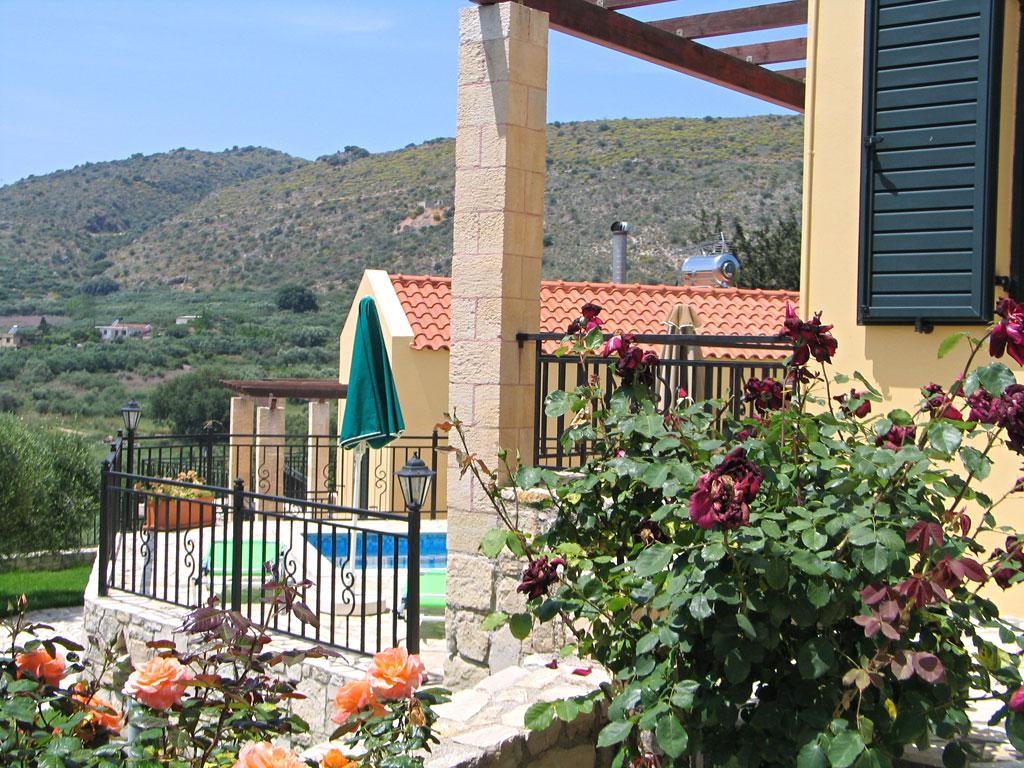 Villa Manos exterior