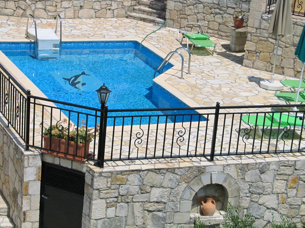 Villa Manos pool