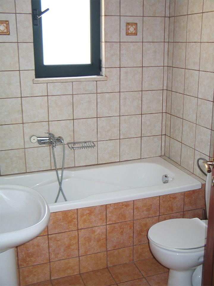 Villa Mary bathroom