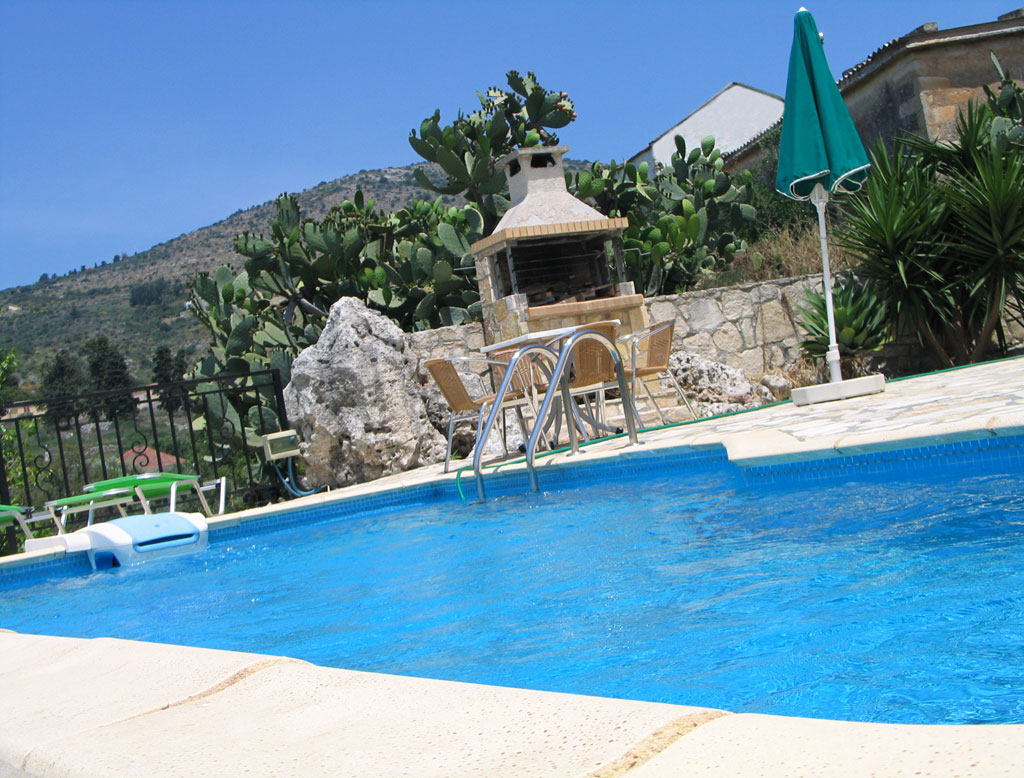 Villa Mary pool with barbeque